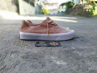 Authentic Decon lite, Suede Mahogany rose true white