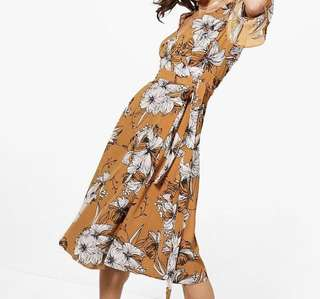Brand new bohoo floral dress