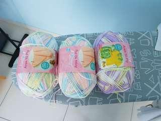 Aran weight yarn (big skein)
