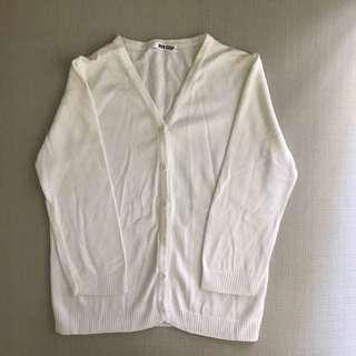白色外搭小外套