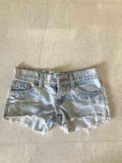 Denim ripped light blue shorts