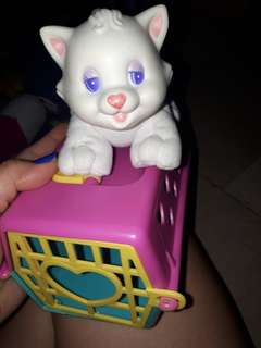 Stuffed kitty wd cage