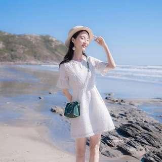 White Dress [DELICATE]
