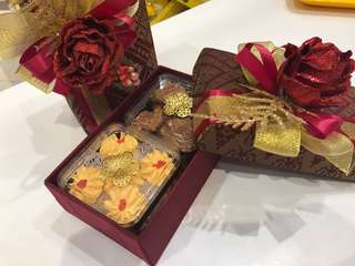 Songket Box with 3Boxes Homemade Cookies
