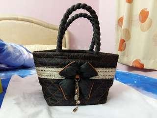 Naraya Bag (free posting)
