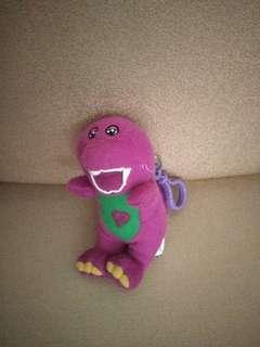keychain boneka barney