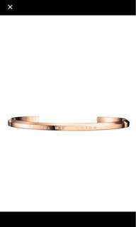 Daniel Wellington rose gold cuff large and small all avail