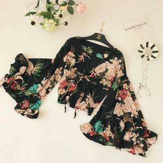 Floral Bell Sleeves Outerwear