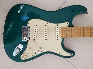 Fender stra