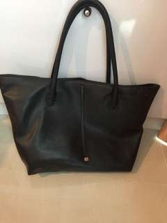 H&M BLACK BAG UKURAN LARGE