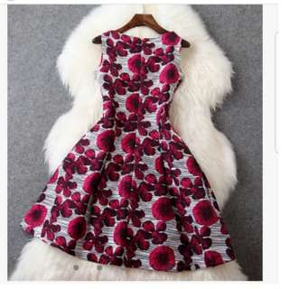 Pre-loved Women Floral Dress Round Neck Sleeveless
