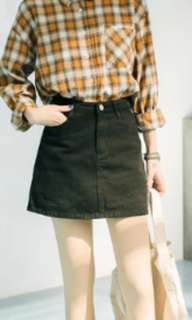 Brand new Denim Skirt with build-in pant (BLACK) waist 70 hip 90 length 40