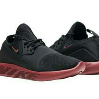 Nike Lunar Charge Essential ORIGINAL