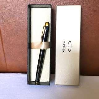 Genuine Parker IM Laquer Black Gold Trim Rollerball Pen