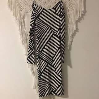 Kardashian Kollection body con dress - size 10