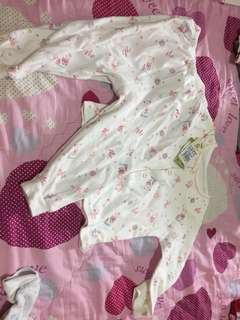 🚚 嬰兒服套裝