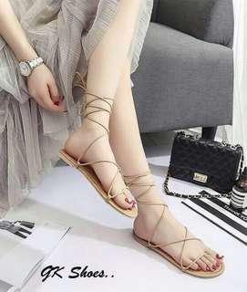 Style gladiator sandals