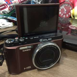 Casio Exilim ZR