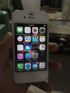 Iphone 4s 64 gb no issue good as new fuctory unlocked