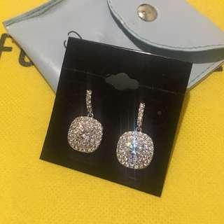 Fidela Earrings