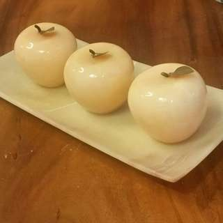 Onyx Apple Decoration