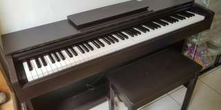 Digital Piano , Brand Yamaha , Type Arius YDP 143 Th.2016 Very Good Condition (like new!) mulus no cacat ,jarang dimainkan