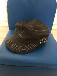Black Chocoolate Hat