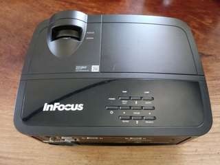 InFocus IN112x Projector