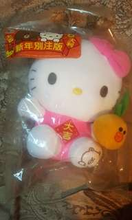 全新Hello Kitty 7-11新年版