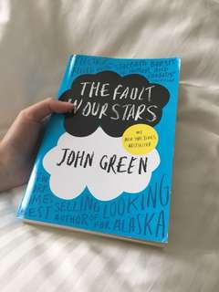 The Faults in Our Stars John Green English Novel Book