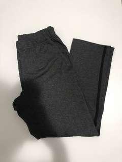 Aritzia- Community stretchy pants sz. Xxs