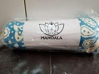 全新 Mandala yoga mat towel