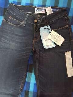 BNWT Levis Jeans
