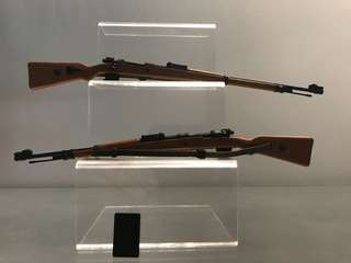 1/6 Hot set of 2: long Rifles toys