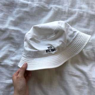 MIXXMIXX bucket hat
