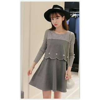 Long sleeve dress with pearl design