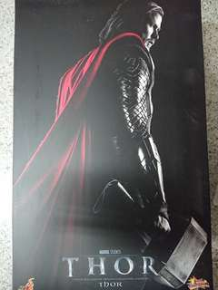 100% new Hottoys first edition Thor