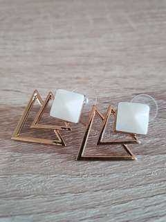 BN White-Gold Modernist earrings