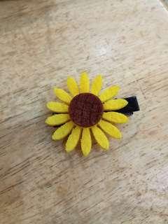 Sunflower Clip