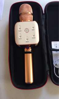 Rosegold Bluetooth Microphone