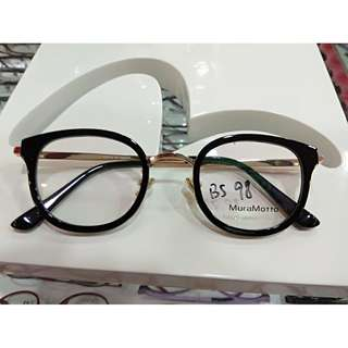 Clearance sales 50 % discount Quality Retro frame
