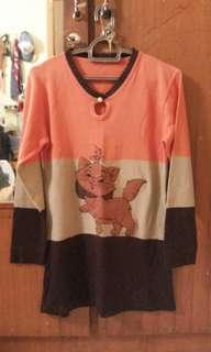 Sweater knitted kucing oranye coklat