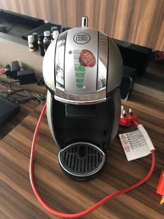 Nescafe dolce gusto like new, very good condition seperti baru
