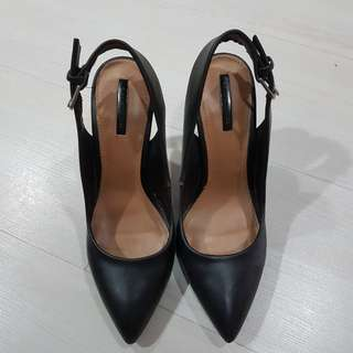 Black Zara slingback (price reduced)