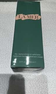 The Replenishing Oil Exfoliator