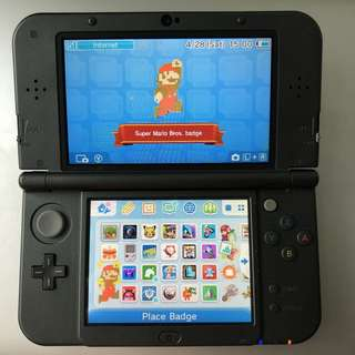 New Nintendo 3DS XL + Game