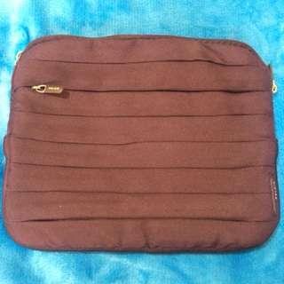 Authentic Belkin Tablet Bag