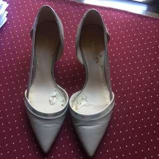 Repriced Authentic Nine West Heel Shoes size  5 1/2