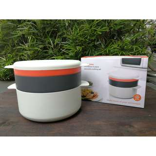 Microwavable / container / lunch box / stackable / fridge / storage