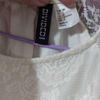 🚚 百色蕾絲洋裝H&M